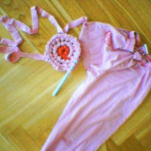 Tygremsor - virka och sticka med mattrasor, trikåremsor, plastremsor