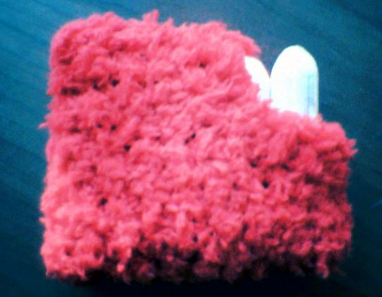 Virkbeskrivning: virka ett tampongfodral av restgarn