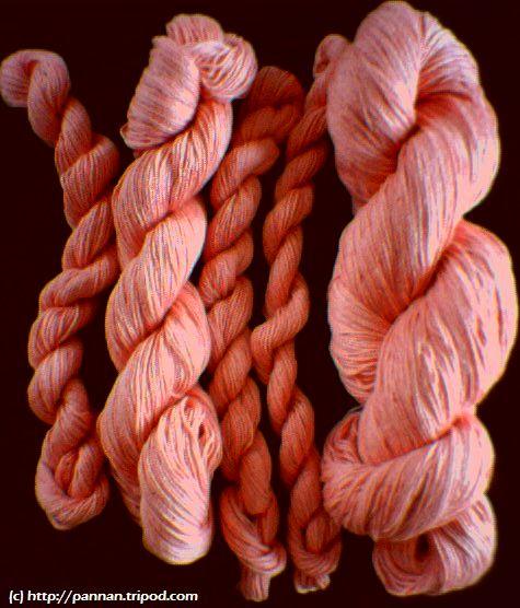 Härligt rosa bomullsgarn till såväl virkning som stickning