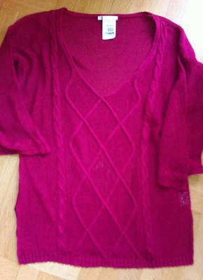 En begagnad tröja är bara en tröja. Tills den blir garn på nytt. Då kan den bli vad som helst.