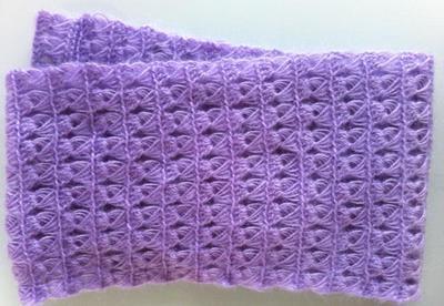 En tubsjal är bara en sjal ihopsydd till en tub. Eller ihopvirkad, då.
